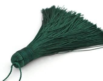 Dark green tassel 7-8 cm polyester