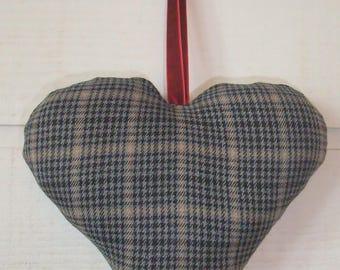 Heart cushion Scottish door (No. 28)