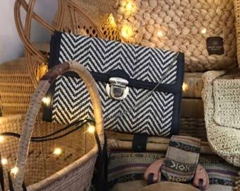 Vintage Black & White Straw Woven Handbag