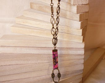 Necklace through plum and fuchsia + chain bronze metal