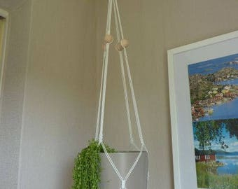 Hanging basket macrame