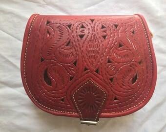 Hobo satchel shoulder 100% leather red color with patterns