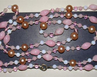 "VTG Pastel Necklace Pearls + Pink & White Beads Length:54"" Strand Colorful ET3623"