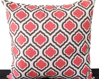 Coral and white pattern pillow tiles