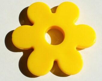 1 Pearl Maxi yellow AA102 60mm yellow flower