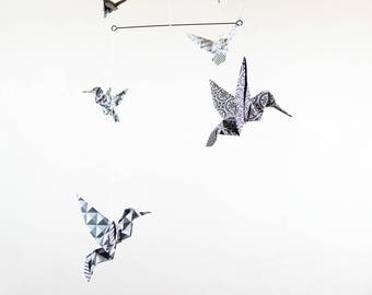 Mobile origami 5 birds paper black and white geometric design for interior - fancy and Origami