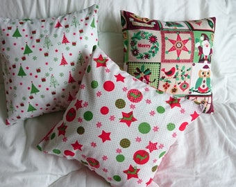 small cushions in Christmas colors