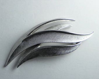 Trifari Leaf Brooch, Brushed Silver Tone, Two Leaves, Wave, Crown Trifari