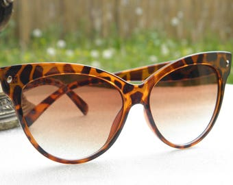 Retro 50s style sunglasses large vintage 80's acetate leopard cat eye