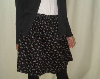 The skirt with flowers for any occasion