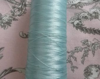 Cone yarn embroidery Madeira turquoise - 3000 meters