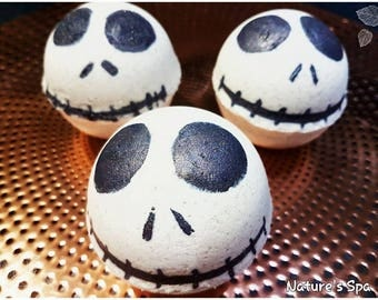 Handmade natural Halloween bath bombs