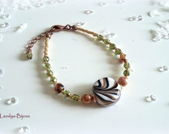 Bohemian Gold lilac glass ribbed glass puck - copper Beads Bracelet - Peridot color faceted beads