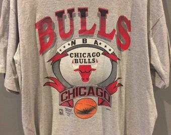 90s Chicago Bulls striped tshirt