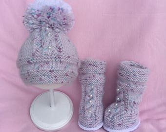 Hand Knit Baby Boots and Hat