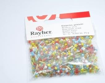 PE366 - Assortment of glass beads