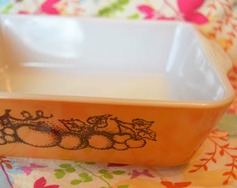 Pyrex Old Orchard 0503 Refrigerator Dish, Ovenware, Casserole, Brown Fruit