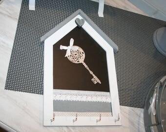 hook keys Occidentale family hearts