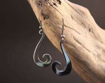 "Handcrafted and original earrings in Silver ""ola vida"""