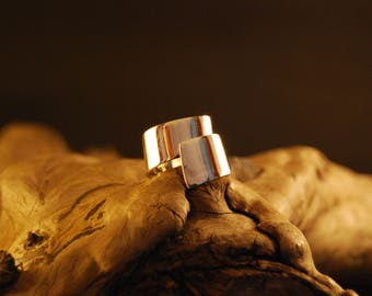"Silver Adjustable ring original and handcrafted ""tournicotin"""