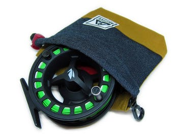 Fly Fishing Gear - Fishing Reel Protection - Fly Fish Reel Cover - Outdoor Equipment - Fishing Accessories - Dark Denim - Carhartt© Brown