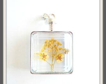 x 1 Rectangle pendant glass dried flowers yellow framing silver 2.85 cm x 4.8 cm