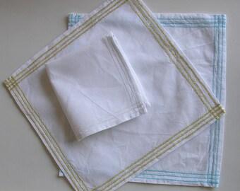 Linen handkerchief placer