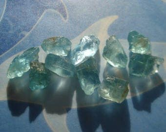 Rough Raw Gemstones - Apatites Rough Neon Blue - 10 Greenish Blue Apatites - Raw Blue Gemstones Lot MG1012