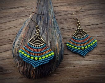 macrame earrings, handcrafted earrings, gipsy boho style, czech seed beads, teal color