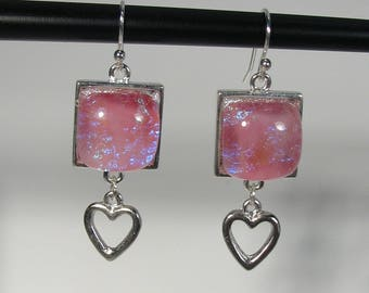 Glass drop earrings pink with heart charms