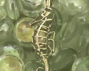 Seahorse Pearl Pendent Necklace