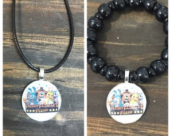 Five nights at freddy's party favors.Fnaf party favors.Fnaf bead bracelet.Fnaf pendant necklace.Fnaf birthday party