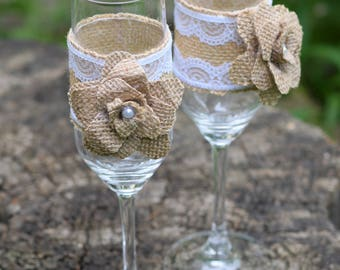 Wedding Glasses Burlap and Lace Toasting Flutes Mr and Mrs Wedding Champagne Glasses Wedding Reception Bride and Groom Glasses