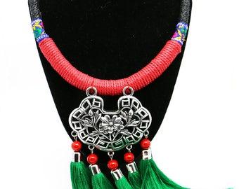 Colar Tradicional feito à mão/ Floral Lock Collar Necklace 15