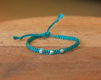 Turquoise silver beads bracelet, macrame bracelet, gift for her, handwoven bracelet, elegant, minimalistic bracelet