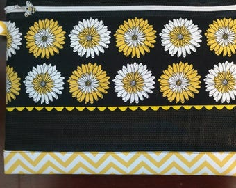 Cross Stitch Mesh Project Bag Black/Yellow Flowers with Honey Bee Zipper Pull