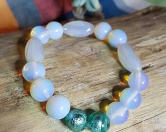 Moon pearl bracelet