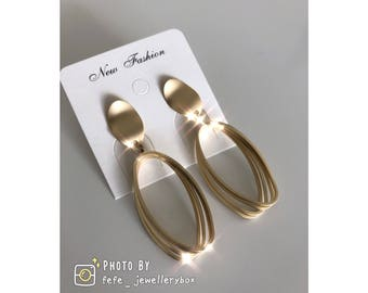 European, simplicity Style Earrings