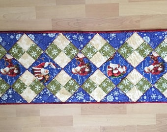 Quilted Old Santa Table Runner