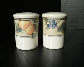 Mikasa Garden Harvest Salt and Pepper Shakers
