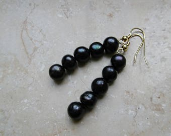 Moonlight earrings made of freshwater pearls