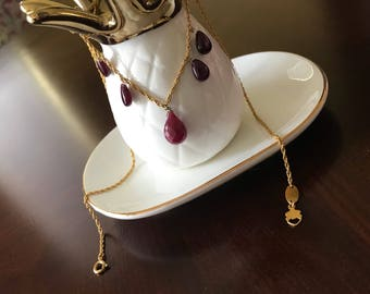Gold Necklace with Ruby Drops