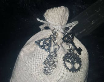 Protection pouches,Mojo bags,Gris Gris,medicine pouches,medicine bags,Hoodoo,Witchcraft