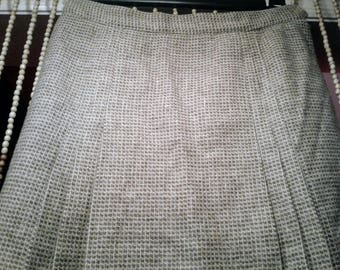 Prestige of Boston Wool Skirt Pleated on both sides Size 8 Fully Lined Circa 70's - 80's