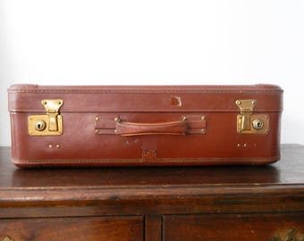 Old suitcase, vintage suitcase/vintage suitcase/Big suitcase,/Brown case