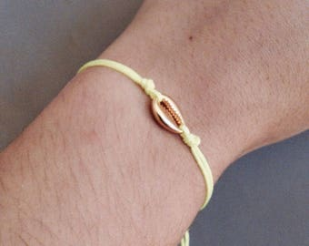 Maritime bracelet with gilded shell-neon yellow