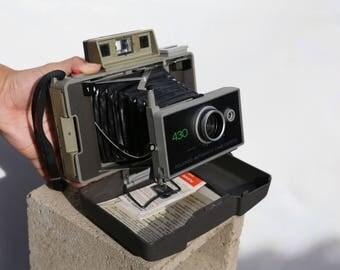 Vintage 70s Polaroid 430 Land Camera