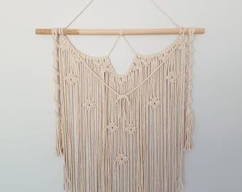DIMI Macrame Wall Hanging with Hook Cover