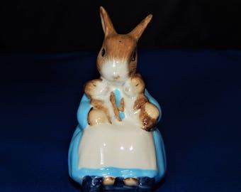 Beatrix Potter Figurine - Mrs. Rabbit and Bunnies