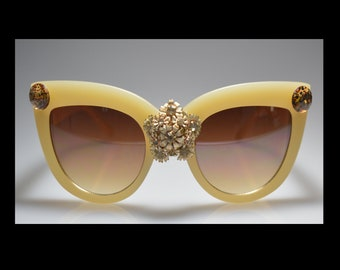 One of a kind, Beige, Antique earring, Bling, Leopard, Sunglasses